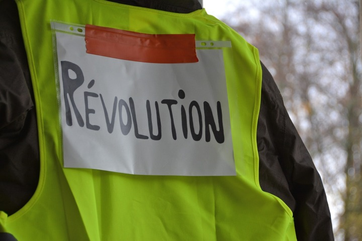 YELLOW VEST Protesters Urge Bank Run – Are Mass WithdrawalsComing?